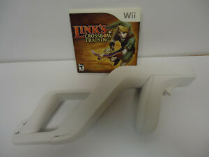 Link's crossbow training with official wii zapper attachment
