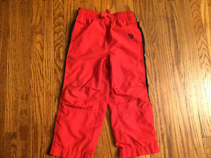 Boys size 4 Osh Kosh lined splash pants like new