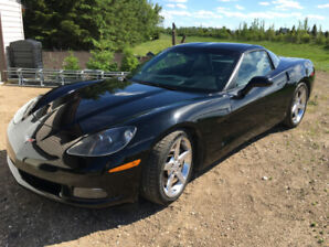 Corvette C6 with Z51 performance package and two tops
