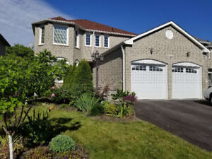 Stunning 4 (or 3) bedroom detached house in Newmarket for Rent