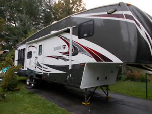 fifth wheel  31 pied  2 extensions
