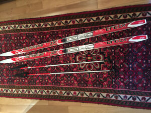 Kid's cross country skis
