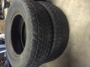 2 pneu hiver 215 70 15