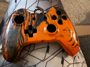 Tiger stripe xbox one controller shell