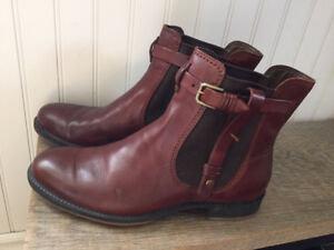 Ecco Boots Size 9.5 (41) - Like New!