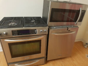 3 PC stainless steel kitchen appliances for sale.