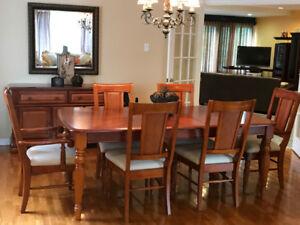 Set de Salle à Manger, Table, Chaises, Buffet et Miroir