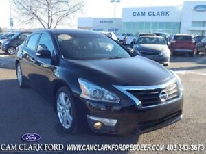 2013 Nissan Altima 3.5 SL  New Tires Moonroof Leather