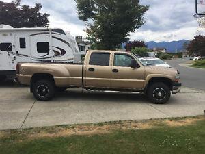 2001 Chevrolet Silverado 3500 Lt Pickup Truck
