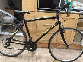 "Claud Butler Urban 100 Hybrid Road Bike. 20"" Frame. 700cc Wheels."