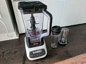 Ninja Professional Blender 1100 watt with Nutri Ninja cups