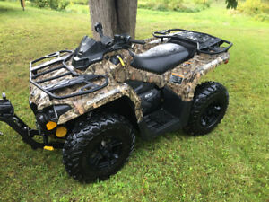 Like new 2016 Can-Am Outlander 570L