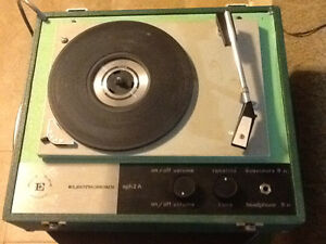 Lot of two Electrohome vintage record player turntables!!