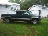 4X4 Chevrolet Pickup Truck