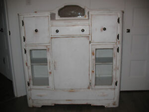 ANTIQUE DRESSER FOR SALE