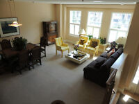 UPSCALE EXECUTIVE TOWNHOME FOR LEASE AT YONGE and ROYAL ORCHARD