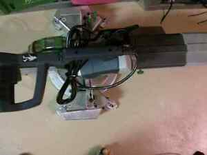 compound mitre saw London Ontario image 1