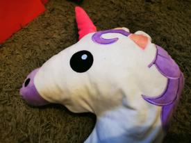 Unicorn 🦄 emoji pillow