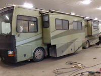2004 Fleetwood Discovery 39J