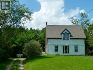 6 Arthur Hatt Road Chester Basin, Nova Scotia