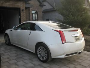 2013 CADILLAC CTS....LOW KILOMETERS.....AWD
