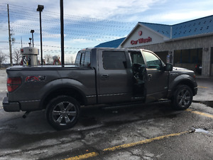 Fully Loaded 2013 Ford F-150 FX4 SuperCrew Pickup Truck