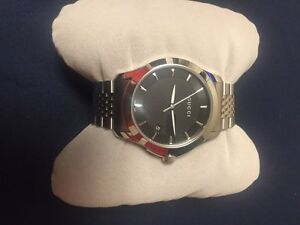 Brand new Gucci watch never wore  Cambridge Kitchener Area image 5