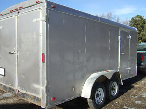 ENCLOSED TRAILER - TANDEM AXLE