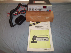 Realistic TRC-419 40 Channel CB Mobile Transceiver