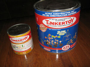 Large bucket of Tinker Toy with only 1 piece missing,224 pieces