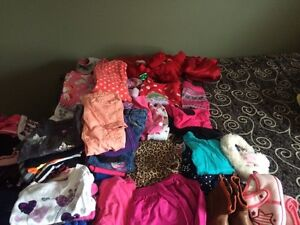 Lot of girls 2t winter  clothes 40 items