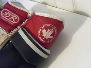 DAIGNAULT ROLLAND (DR) HOCKEY GAUNTLETS FOR SALE West Island Greater Montréal image 6