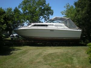 SEA RAY 30FT EXPRESS CRUISER TWIN 350 cu/in INBOARDS