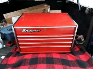 Snap on vintage KC532 tool box
