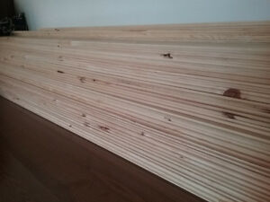 Rustic red pine tng