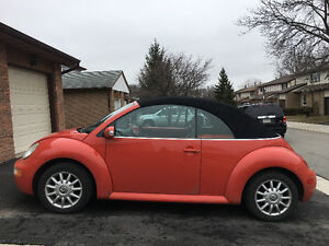 2005 VOLKSWAGEN NEW BEETLE CONVERTIBLE. Selling As Is.
