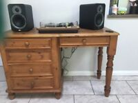 Solid wood desk in great condition