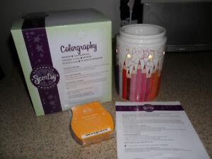 NEW! Scentsy COLORGRAPHY Warmer & Sunburst Blooms Wax