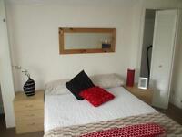 1 bedroom flat in Flat 5 - Regent Park Avenue