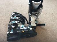 U.K. Size 7 ski boots