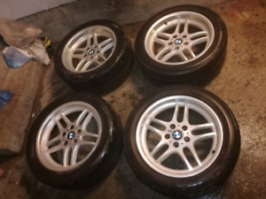 """OEM Authentic 18"""" BMW Style 37 M Parallel Wheels - Near perfect!"""