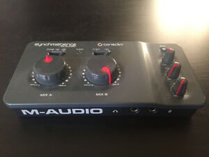 M-Audio Torq Conectiv: DJ Performance/Production System