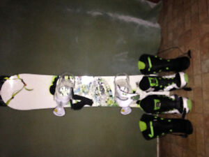 Youth complete snowboard set