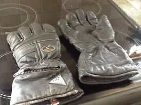 3 pairs men's black leather motor bike gloves £10 for all three.