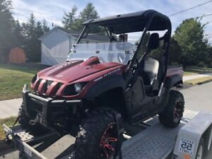 2013 Yamaha Rhino low kilometers (1600) Mint Condition