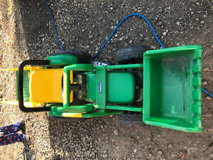 Kids 12v ride on tractor