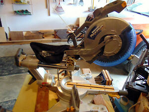 Mastercraft 12inch dual bevel sliding mitre saw