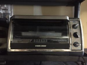 Black and Decker Toaster Oven