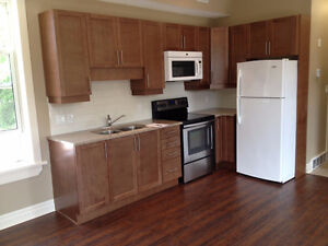 Beautiful 2 bedroom apt. Heritage building, close to downtown Stratford Kitchener Area image 1