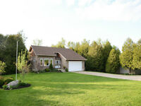 Beautiful Country Home on 2.1 acres near Listowel, Palmerston